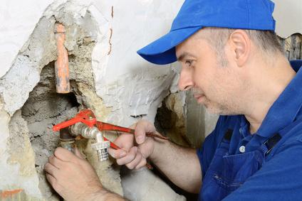 wasserrohr-angebohrt-reparieren-muenchen